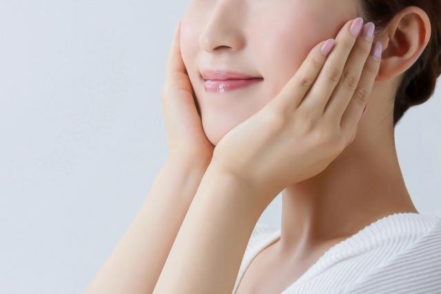 1日中サラサラ肌が続く!夏の化粧崩れを防ぐ方法
